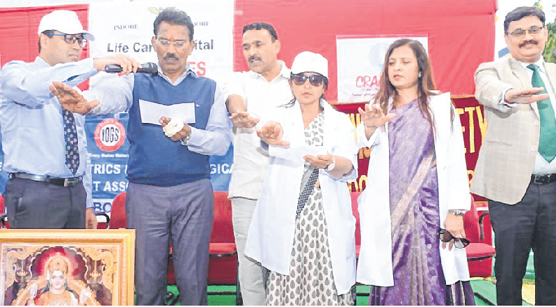 Indore: Walkathon to promote Save Daughter campaign held