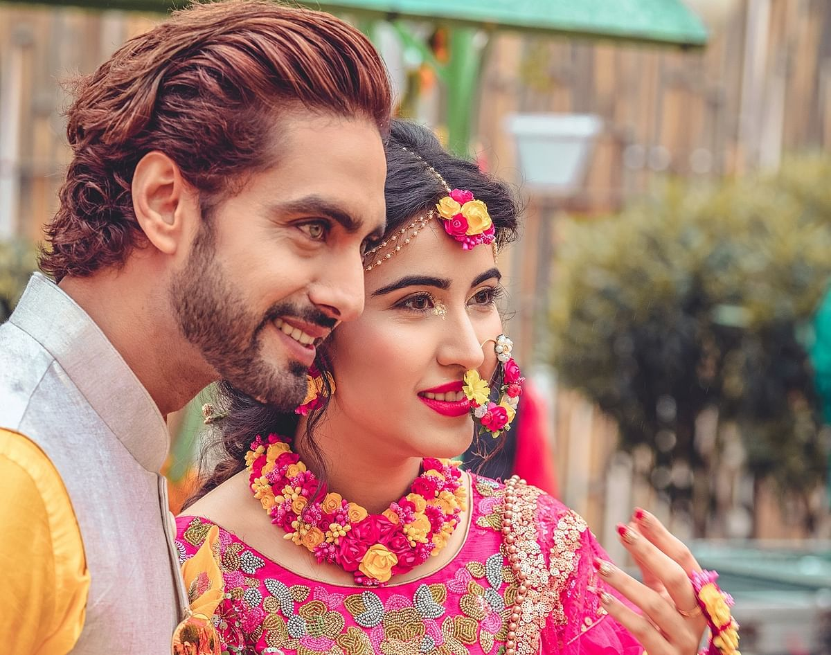 Sheena Bajaj-Rohit Purohit's haldi and mehendi pictures are out! Take a look