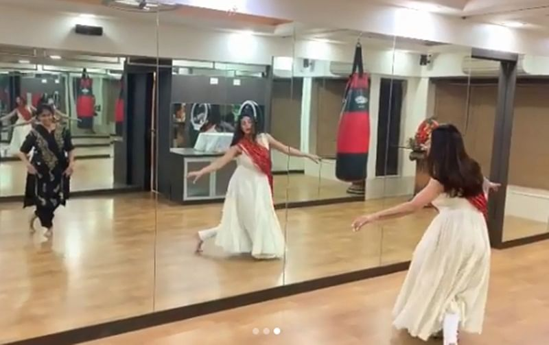 Sushmita Sen learning kathak in this recent video has left the internet in awe