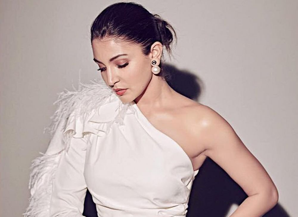 Anushka Sharma shuts questions about cat-fights between Bollywood actresses like a boss