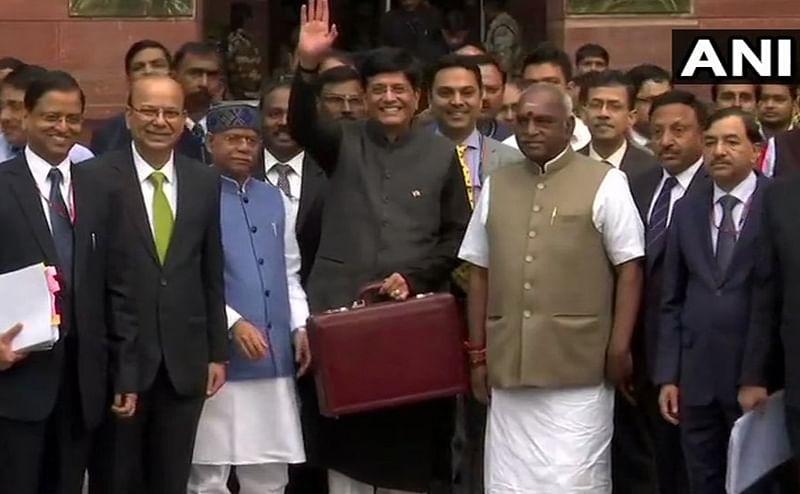 India attracted massive FDI worth USD 239 bn in last 5 years: Finance Minister