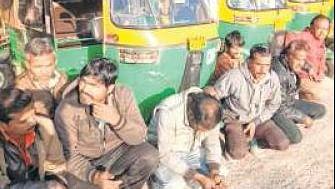 Indore: Cab, autorickshaw drivers gherao RTO