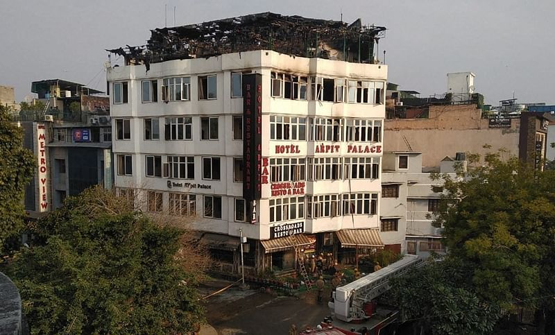 17 people including child killed as major fire breaks out in Delhi hotel, guests jump off building to save themselves