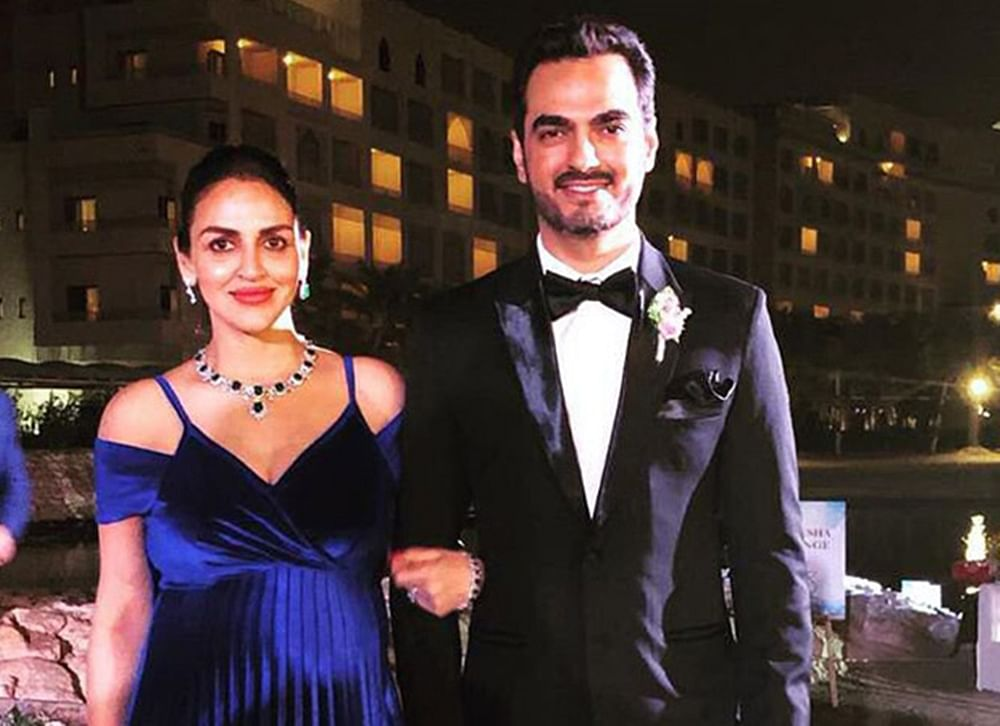In Pic: Esha Deol raises the standard of maternity fashion at a family wedding
