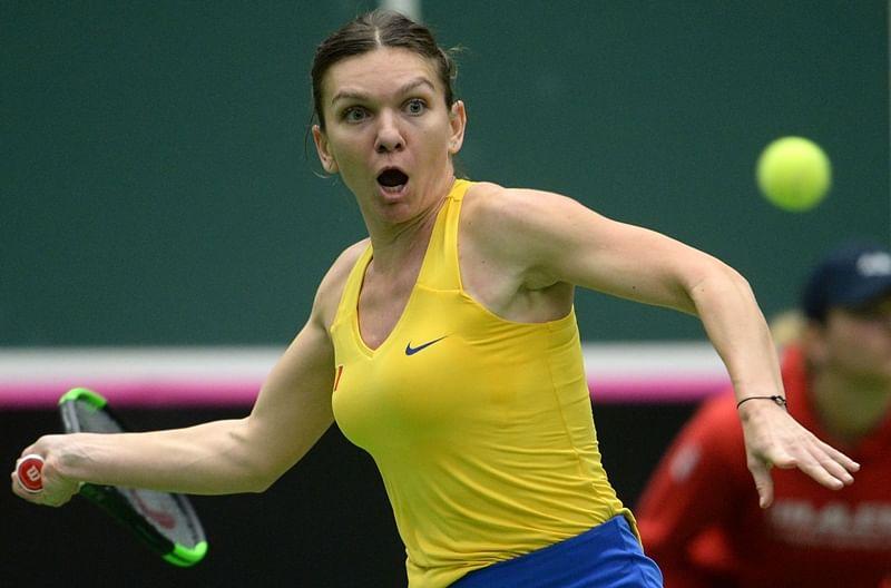 Romania beat champions Czech Republic to reach first Fed Cup semi-final