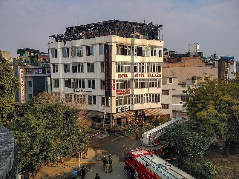Karol Bagh Fire: Two including an IRS officer died after jumping off the hotel on fire