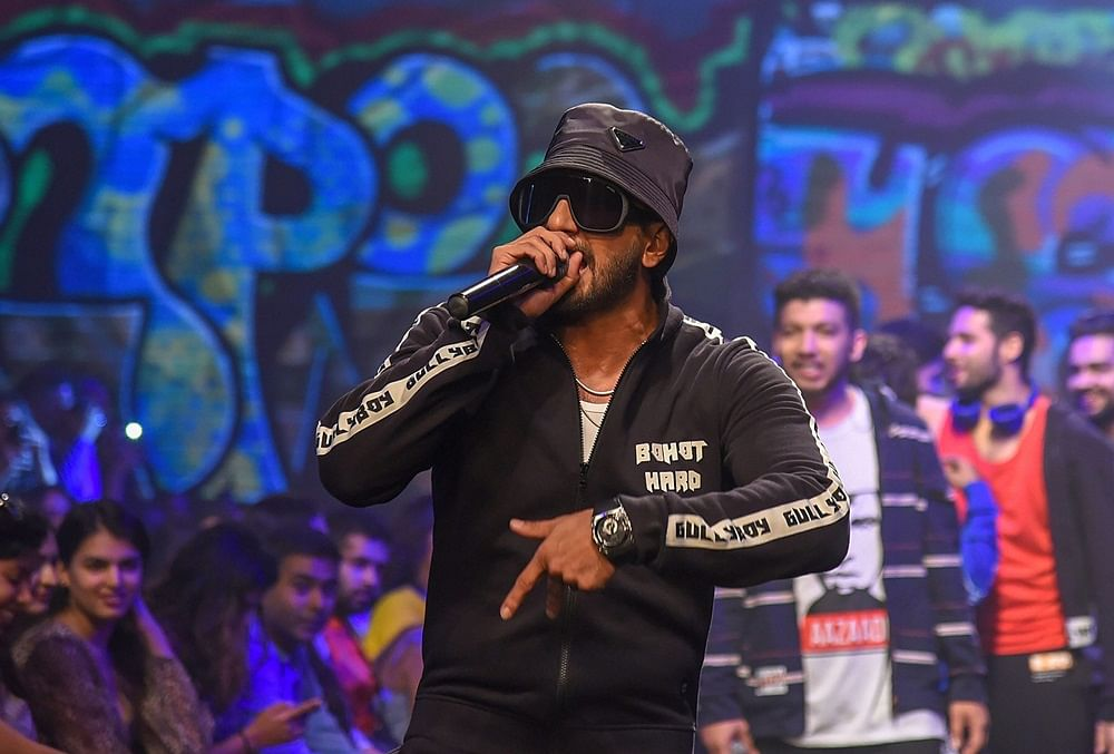 'Gully Boy' Ranveer Singh enlivens Lakme Fashion Week with rap, rappers