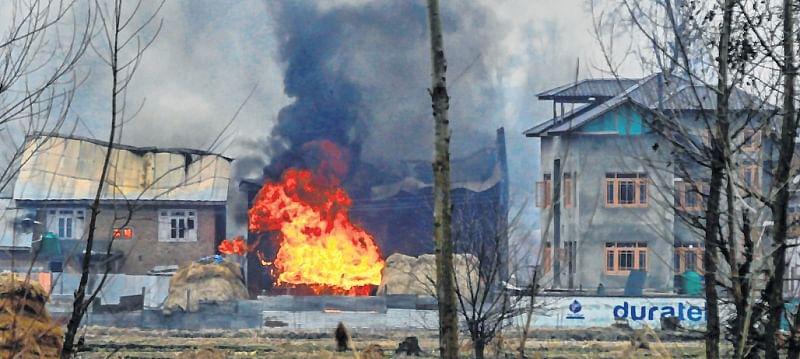 Pulwama mastermind Kamran among three terrorists killed in encounter