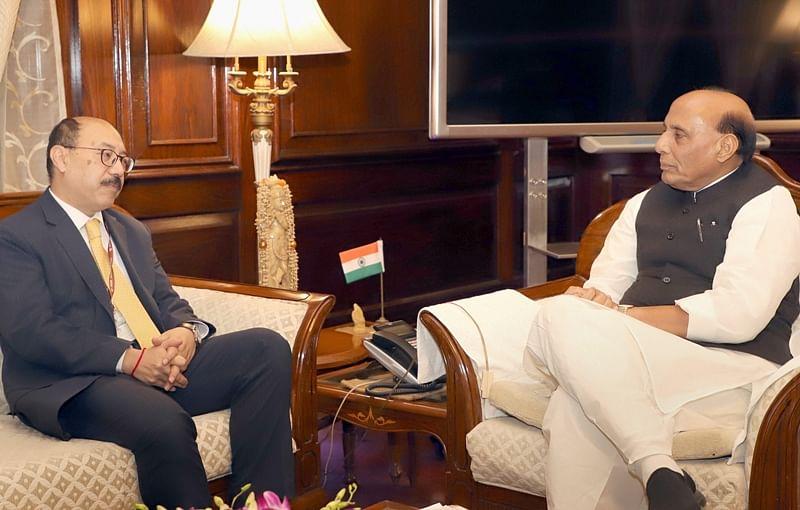 Pulwama terror attack: Indian envoys to Pakistan, US meet Rajnath Singh