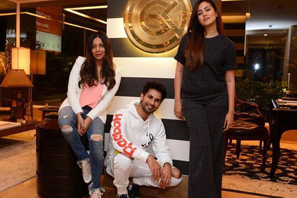 Watch Shahid Kapoor, Mira Rajput warn Karan Johar about his new competition, Gauri Khan