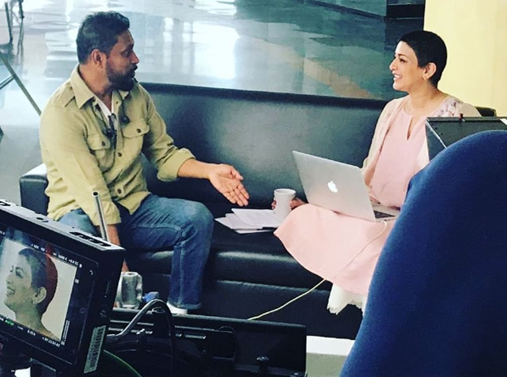 This pic of Sonali Bendre and Shoojit Sircar from an an ad shoot is all hearts