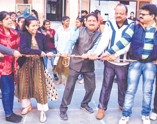 Indore: MKHS organises 37th annual function