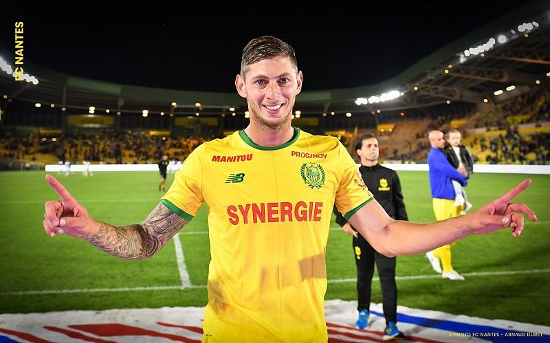Body pulled from wreckage of football player Emiliano Sala's plane