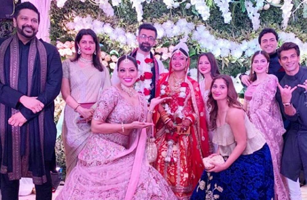 Wedding Bells! Bipasha Basu's sister Vijeta stuns as a traditional Bengali bride