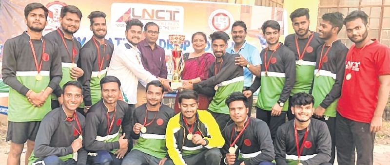 Bhopal: Bhopal nodal team clinches overall trophy, boys too make a clean sweep