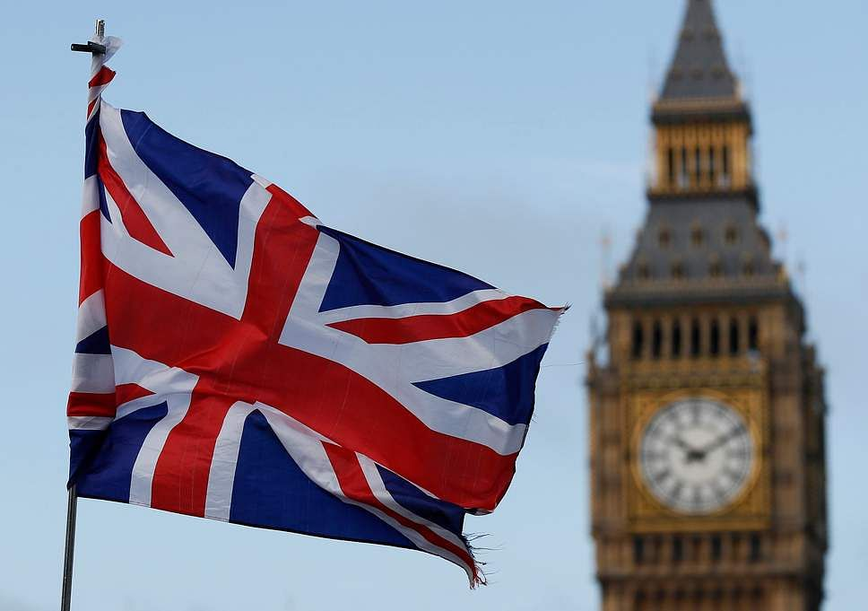 Britain to strip IS teen of citizenship: lawyer