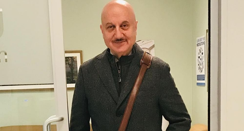 Anupam Kher parties with De Niro on his 64th Birthday