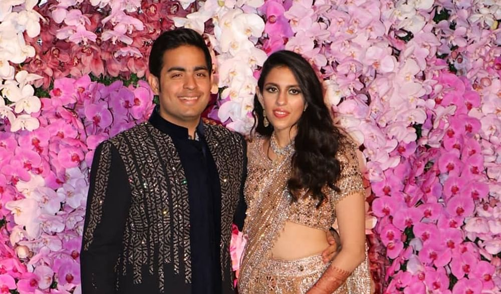 B-Town galores at Akash, Shloka Ambani's wedding party