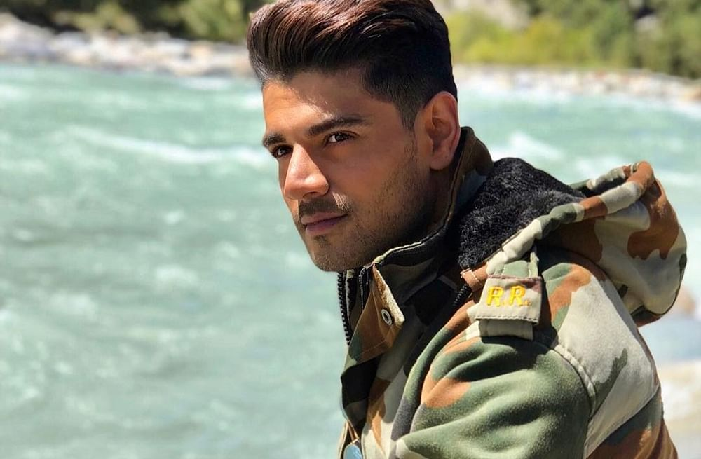 Sooraj Pancholi's 'Satellite Shankar' to donate profits for army camps
