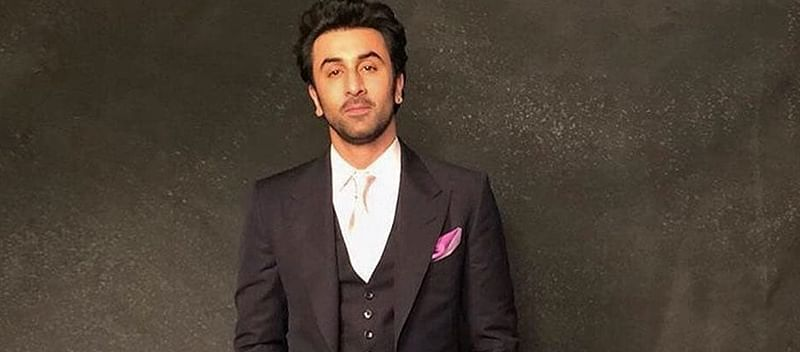 """My father is doing well"", says Ranbir on Rishi Kapoor's health"