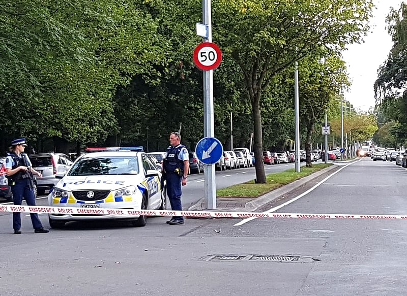 Christchurch mosque attacks: Gunman sacks lawyer, to represent himself in court