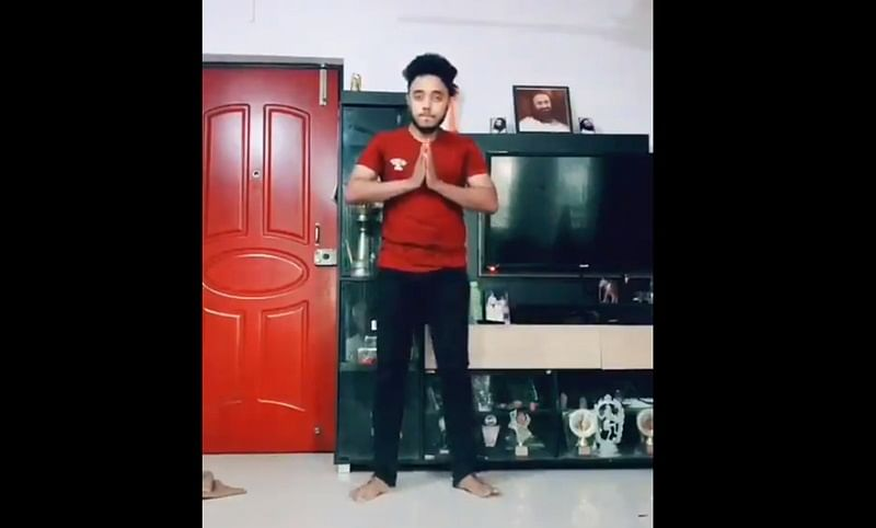 Watch: Man's break-dance on Doordarshan's iconic tune goes viral