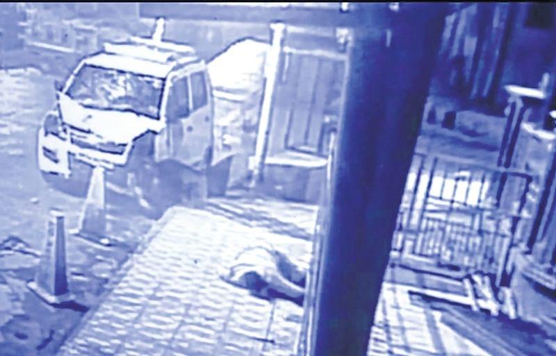 Mumbai: Speeding car severely injures police constable in Ghatkopar