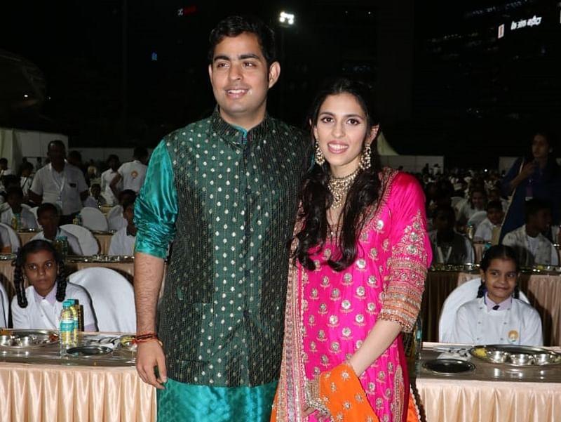 Ahead of Akash-Shloka's wedding, Mukesh Ambani sends boxes of sweets to 50,000 Mumbai cops