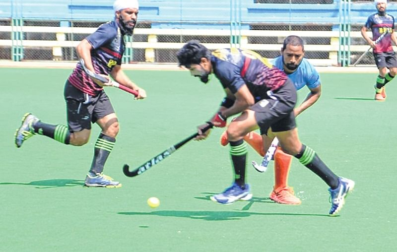 All India Bombay Gold Cup hockey championship: Defending champions Indian Oil, Punjab and Sind Bank in summit clash