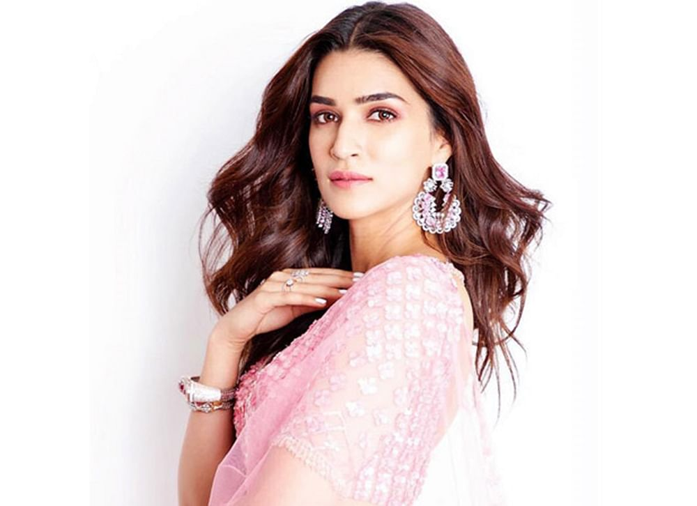 Kriti Sanon dismisses rumours of 'Arjun Patiala' being a  love story between a tall woman and a short man