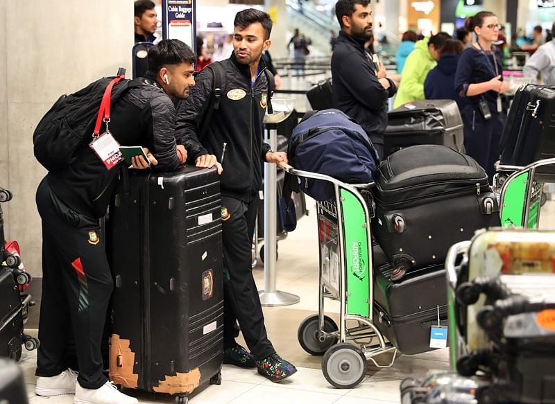 Bangladesh cricket team leaves New Zealand after escaping death in Christchurch attack