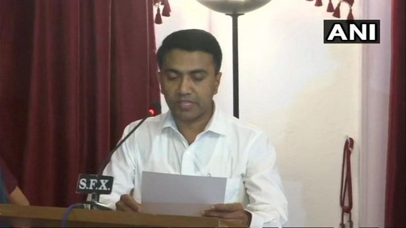 BJP's Pramod Sawant takes oath as Goa Chief Minister at 2 am