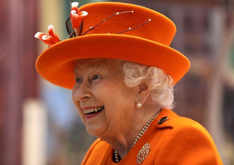 Queen Elizabeth II posts her first Instagram post during Science Museum visit