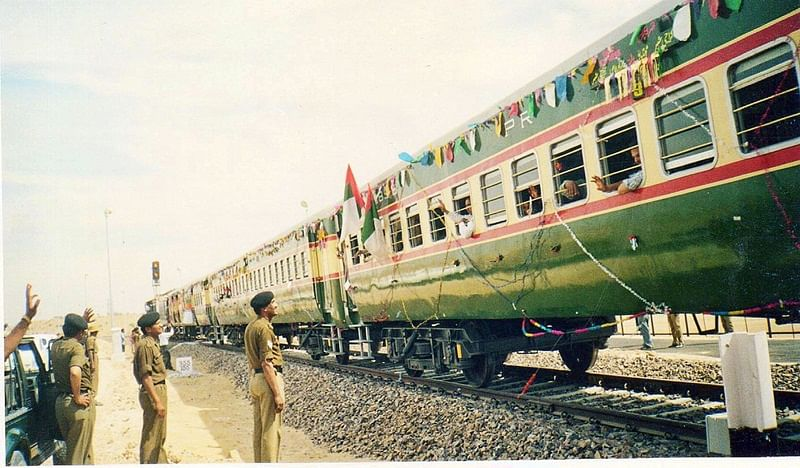 Amid India-Pakistan tensions, Thar Express departs for Karachi on right time