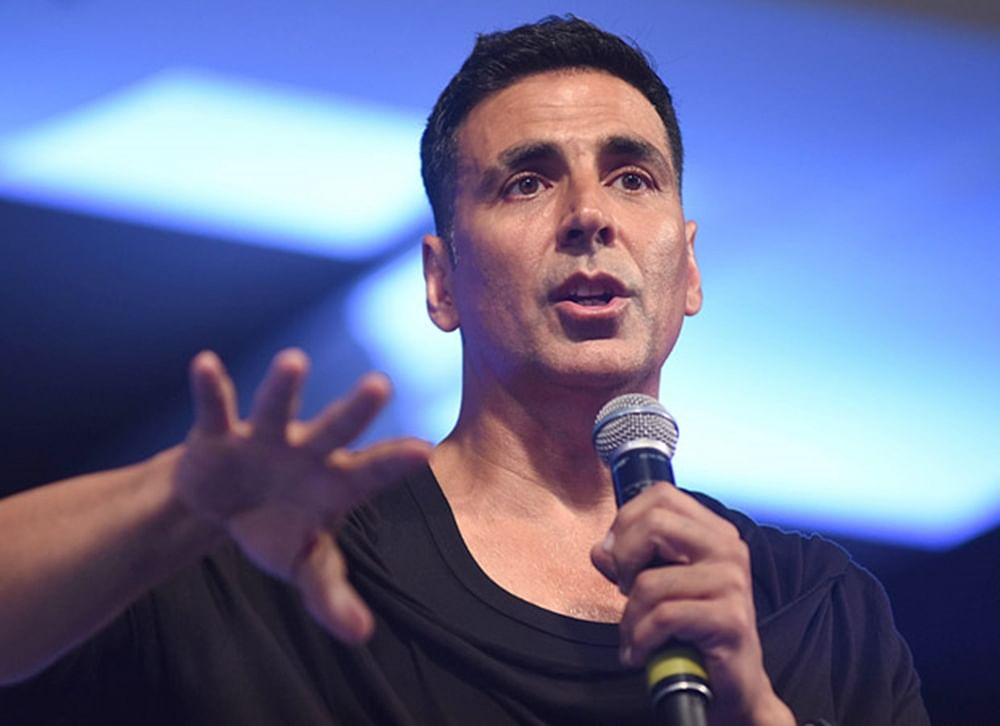 No, Akshay Kumar is not contesting Lok Sabha elections! Actor clarifies after cryptic tweet leads to frenzy