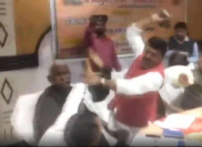 Shoe Fight! BJP leaders beat each other with shoes in a ceremony; here's how other politicians and twitter reacted