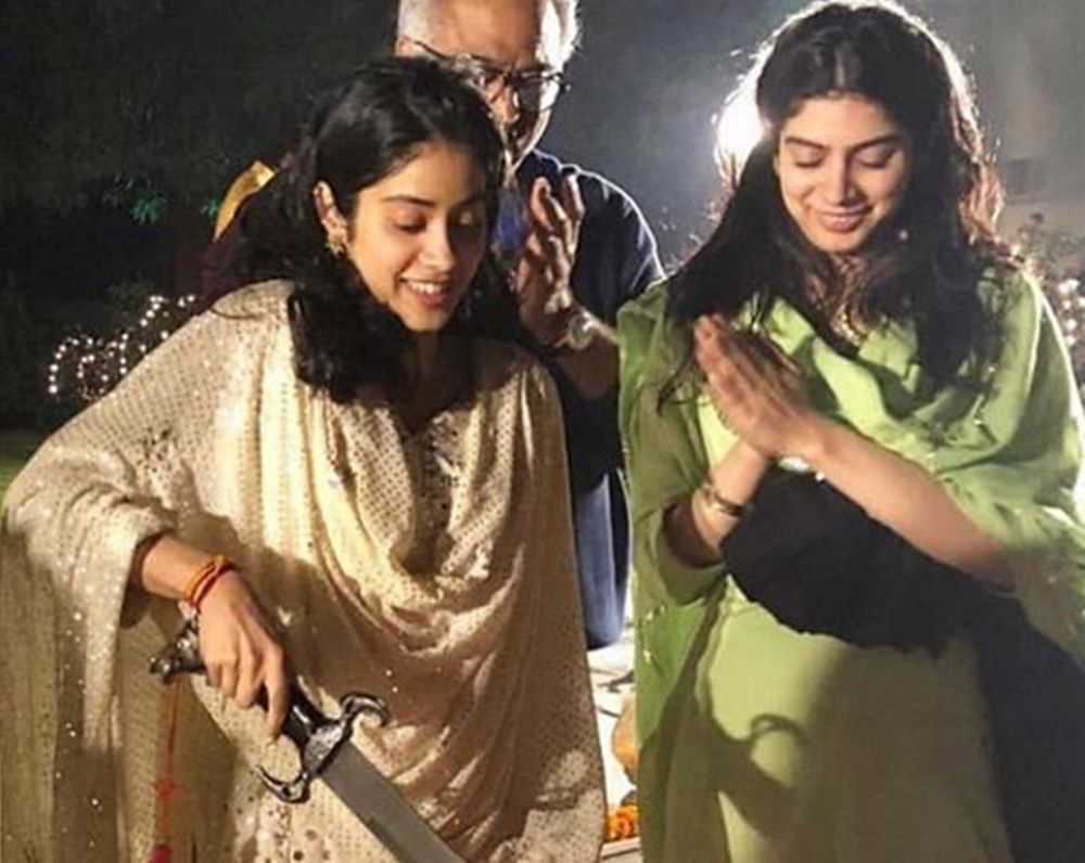 Birthday girl Janhvi Kapoor shares a heartfelt post, cuts cake with a sword