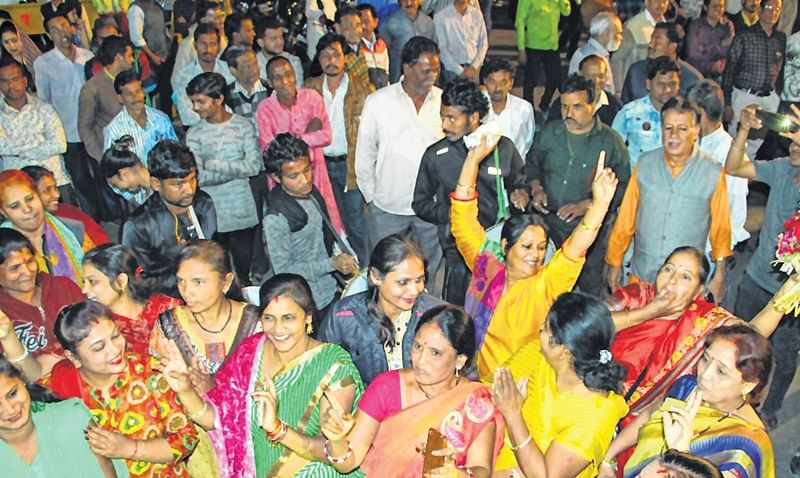 Indore: Zealous Indoreans Hail Feat