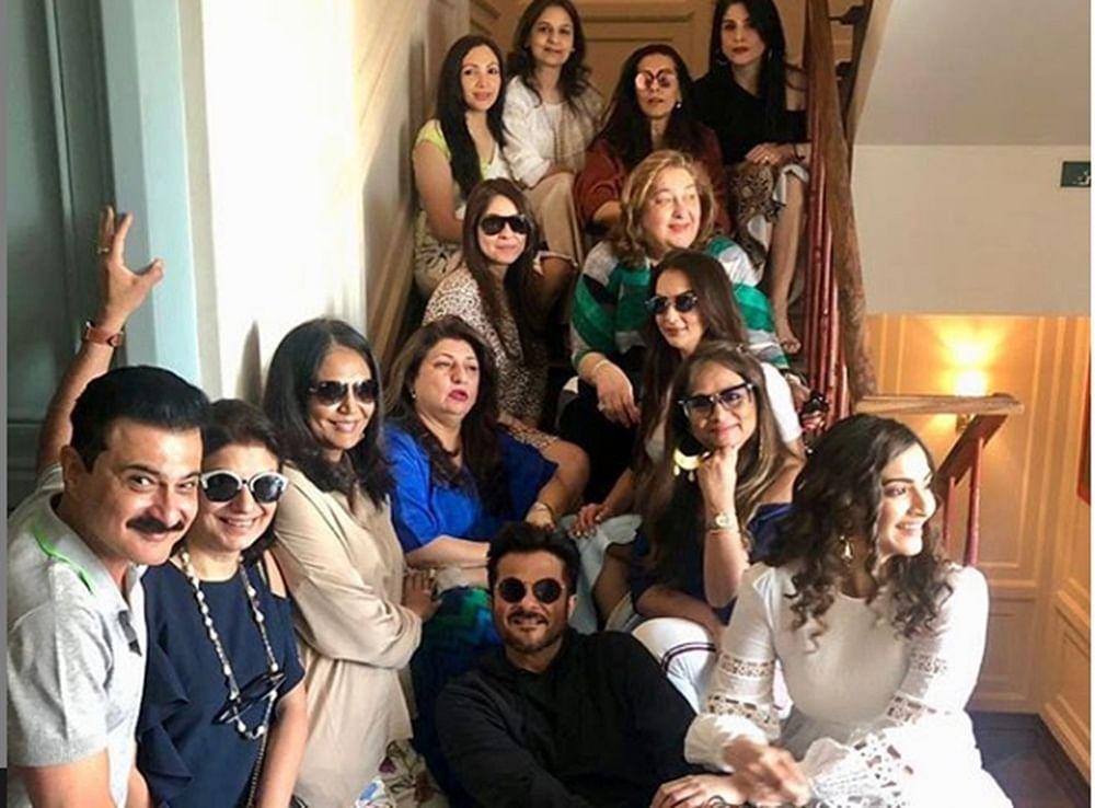 Anil Kapoor gatecrashing wife Sunita's all ladies birthday lunch proves that their love is eternal