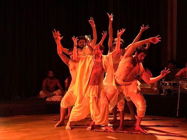 Still from the playSat Bhashe Raidas