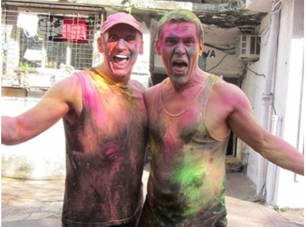 Thanos aka Josh Brolin sends out Holi wishes to his fans