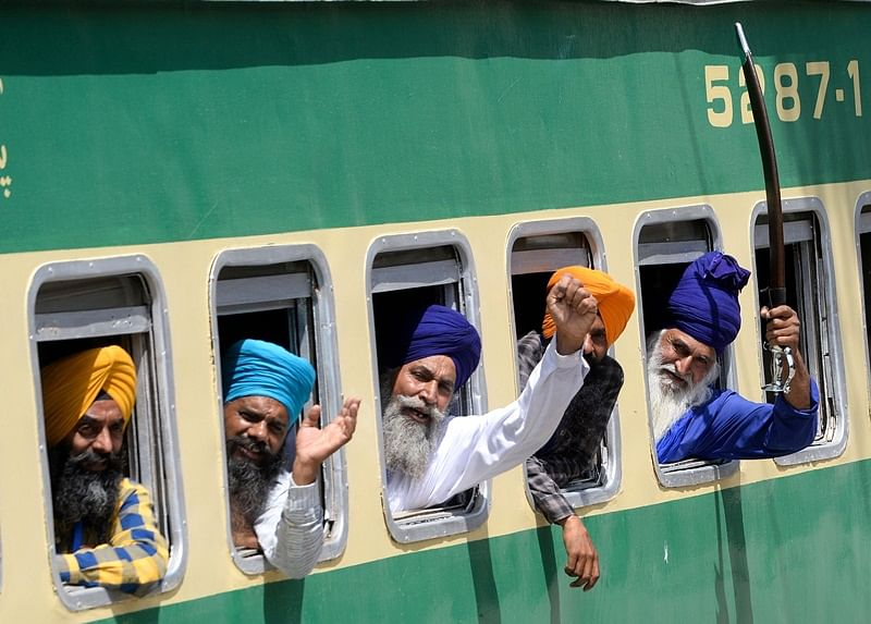 Over 2,200 Sikhs from India arrive in Pakistan to celebrate Baisakhi