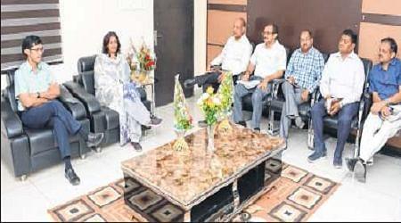 Ujjain: Residents urged to make ward garbage-free, install compost units