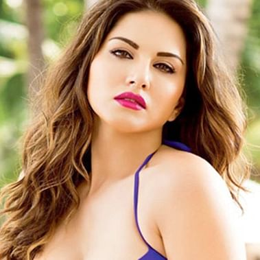 After Deepika, now Sunny Leone has a 'pro-peace, anti-violence' message after JNU violence