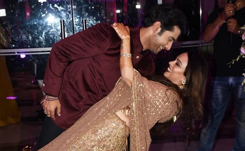 Ssharad Malhotra, Ripci Bhatia can't get enough of each other at their Sangeet ceremony