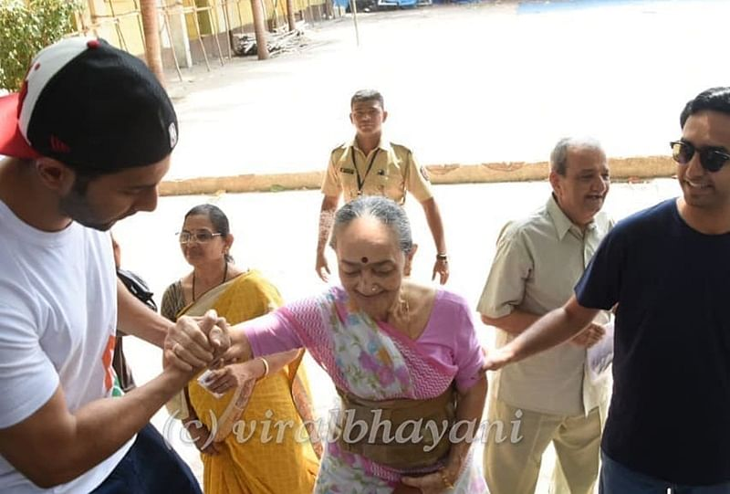Varun Dhawan helping an elderly woman at polling booth is worth applauding