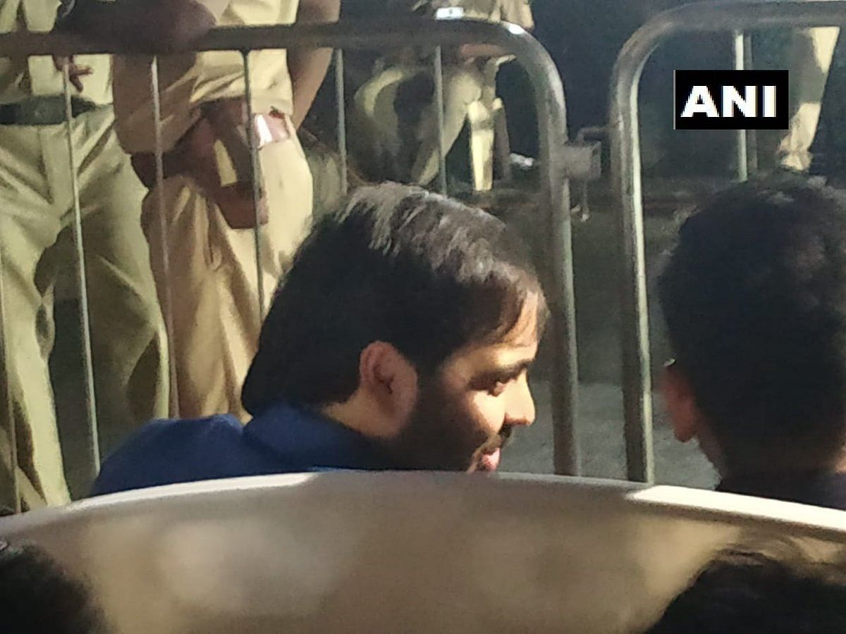 Anant Ambani spotted at PM Modi's Mumbai rally, days after father extended support to Congress leader