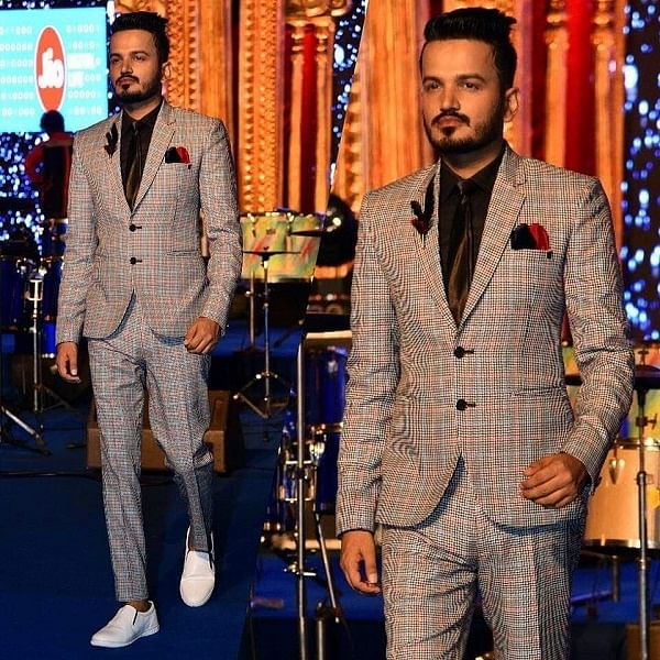 Girish Sharma – The guy who is changing the definition of Event Anchoring in India