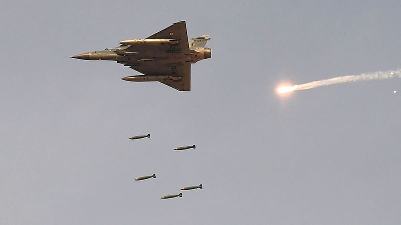 Defence Ministry approves purchase of fighter jets, missile systems, weapons worth Rs 38,900 crore