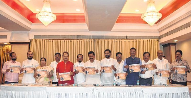 Lok Sabha elections 2019: Shiv Sena releases poll manifesto for Thane, misses key issues
